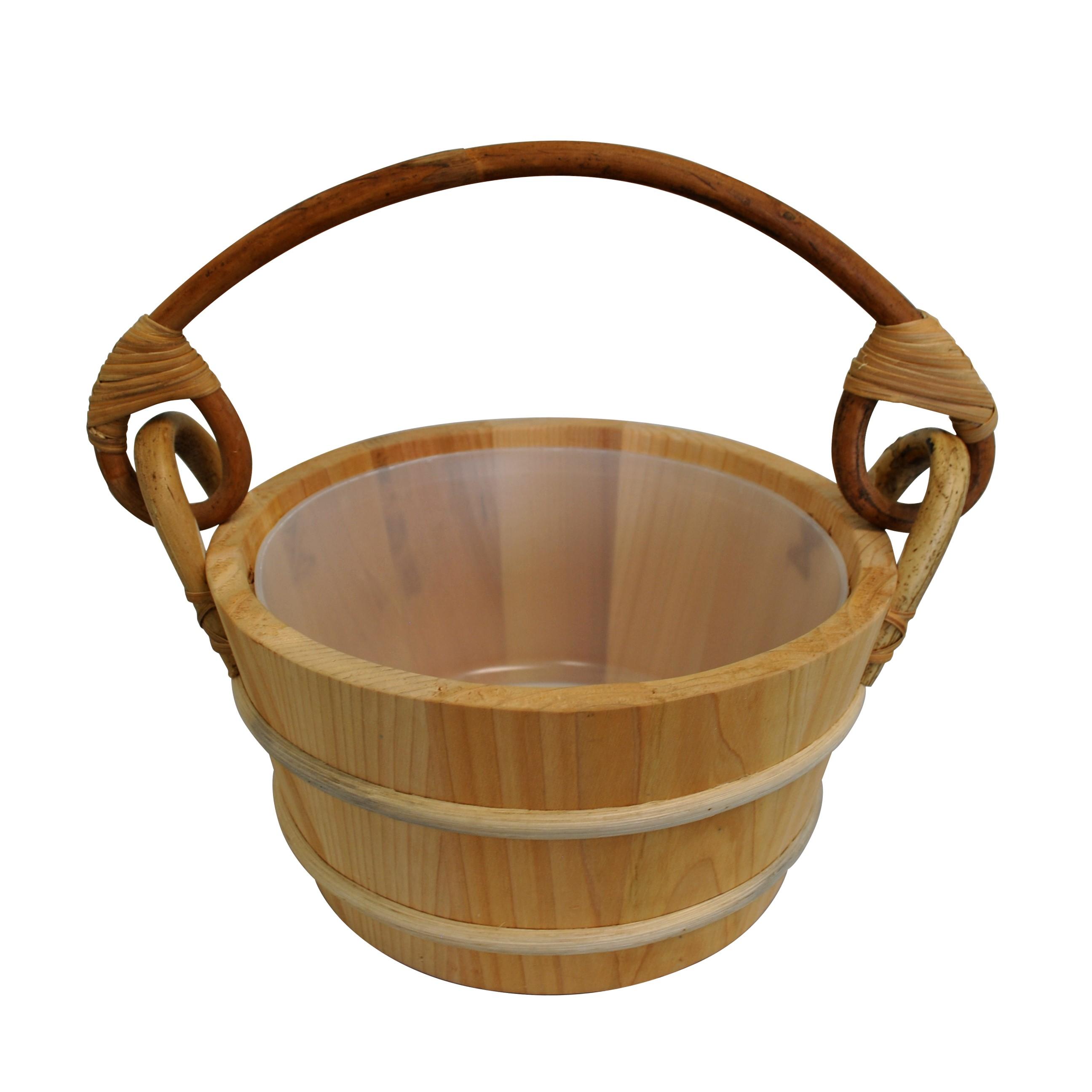 Cedar bucket rattan handle